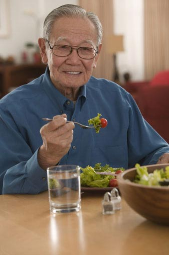 Những lưu ý trong ăn uống với bệnh viêm đại tràng mạn 1