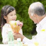 Làm gì khi người già mắc bệnh đường tiêu hóa?