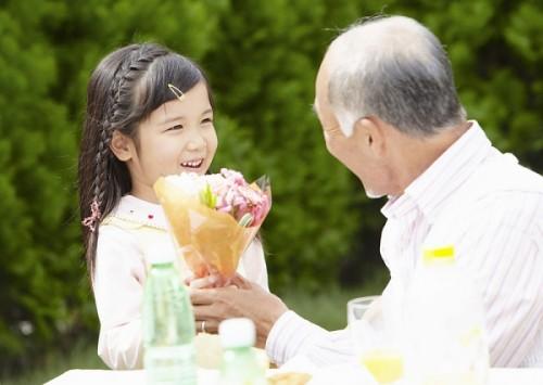 Làm gì khi người già mắc bệnh đường tiêu hóa? 1