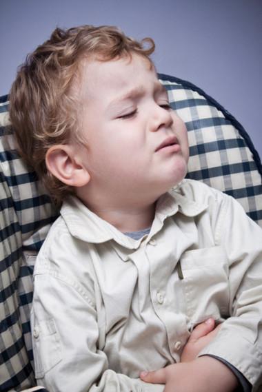 Phân biệt chứng đau bụng quặn và lồng ruột ở trẻ sơ sinh 1