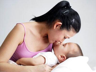 Chăm sóc bé bị rối loạn tiêu hóa 1