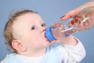 Sơ cứu trẻ khi bị ngộ độc thực phẩm