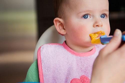 Rối loạn tiêu hóa ở trẻ - Ăn gì? Kiêng gì? 1