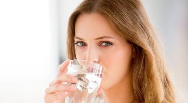 Bổ sung đủ nước cho cơ thể 1